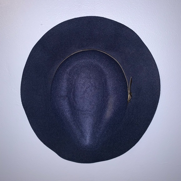 7f0a406723c2c Forever 21 Accessories | Barely Worn Navy Blue Hat With Brown Buckle ...